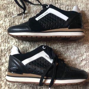 Michael Kors Size 5.5 Black white sneakers nwot